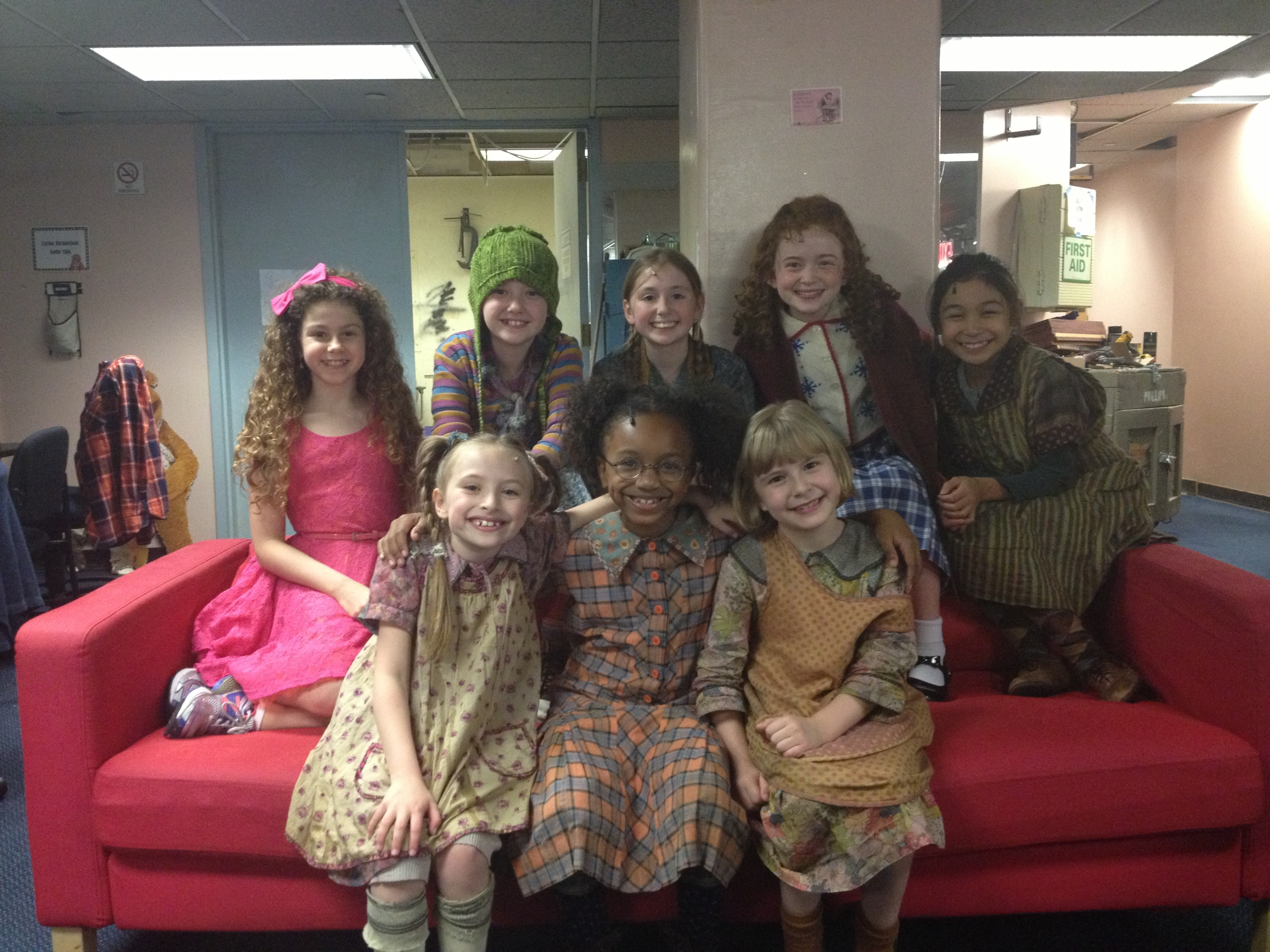 Annie Orphans Reign at the Palace - 2216.3KB