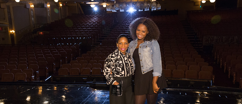 From Dorothy to Aunt Em: Stephanie Mills on The Wiz Live! and 40 Years in Oz